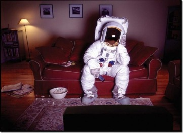 Astronaut_CouchTV_NewWeb_medium